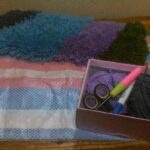 HOW TO MAKE A SIMPLE HOMEMADE MAT/CARPET USING A WOVEN CARRIER BAG